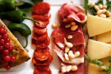 On the Menu: Tapas a l'espagnole