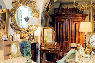 How to Buy Antiques